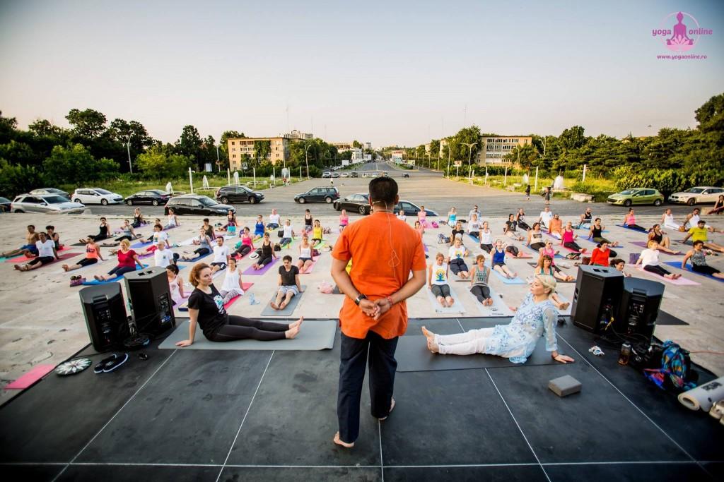 Ziua Intenationala Yoga _ Loredana 2